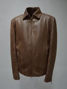 Пиджак из кожи питона